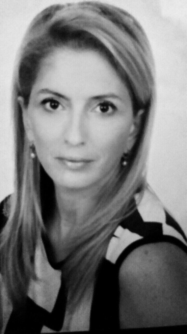 Ελένη Κάραμποττ
