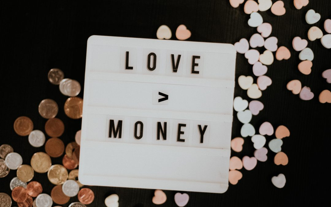 Πώς η πανδημία αλλάζει τις συζητήσεις που κάνουμε για τα χρήματα