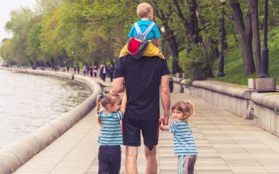 Πώς θα ενθαρρύνουμε περισσότερους άντρες να πάρουν άδεια πατρότητας;